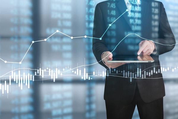 Economic market review